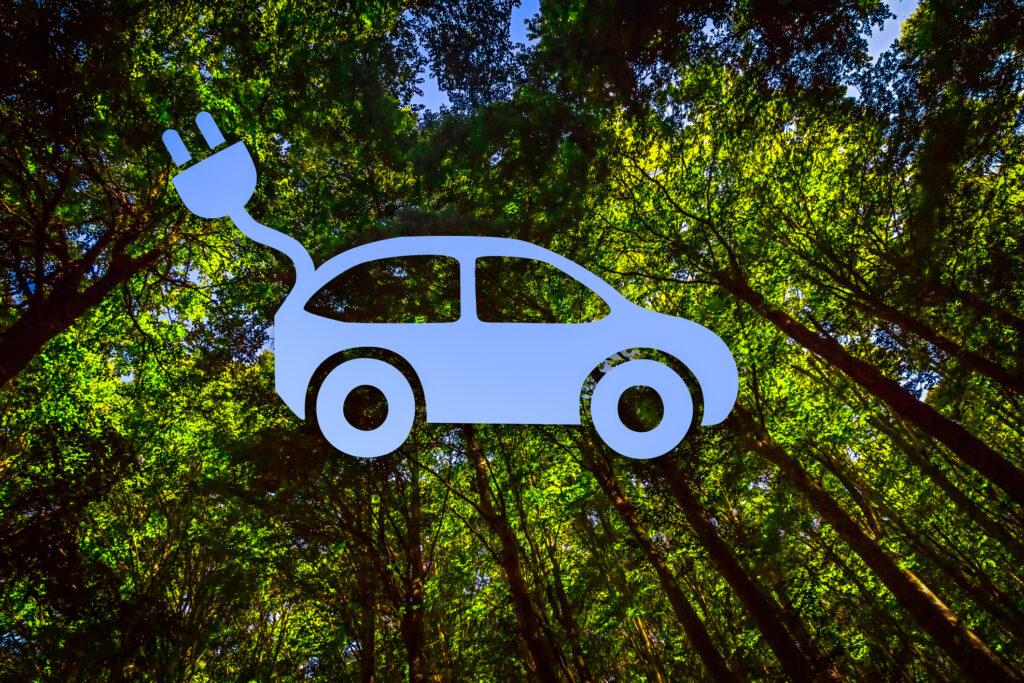 電気自動車(EV)・プラグインハイブリット自動車(PHEV)の エコカー(環境対応車)に注目